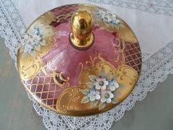 Szépséges rubin dúsan aranyozott béhémiai fedeles tál