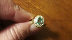 Antik 14K smaragd gyűrű brillekkel