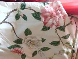 Álomszép hibiszkusz virágos ágynemű dupla paplannal