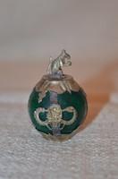 Jade gömb fém foglalattal patkány díszítéssel