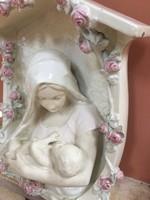 Csodás Mária a kis deddel fali fülke
