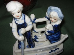 Csónakázók porcelán