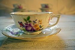 HERENDI eladó! Gyönyörű, antik rózsa mintás,  mokkáscsésze, 6 darab + csészealj 6 darab.