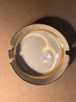 Régi porcelán hamutál
