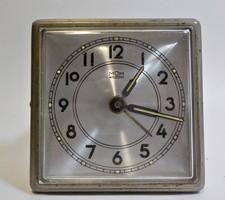 Mom régi  fém házas asztali óra