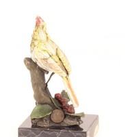 Kardinálispinty -madaras bronzszobor