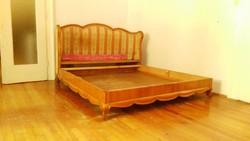 Neobarokk stílusú ágy, 1930-as évekből