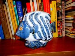 Kerámia hal  figura