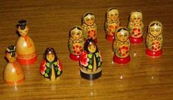 Kézzel festett orosz népművészeti babák 10 db.