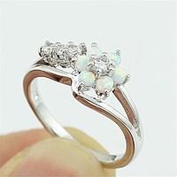 Töltött ezüst (SF) gyűrű, fehér opál és CZ kristályokkal