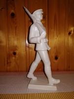 Ritka Hollóházi munkásőr katona porcelán