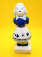 Fehér porcelán kislány kék festéssel sószóró 11,5 cm magas