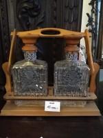 Konyak és whisky szervírozó díszüvegek