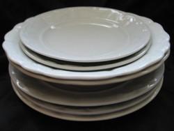 Zsolnay indás fehér régi tányérok 7 db