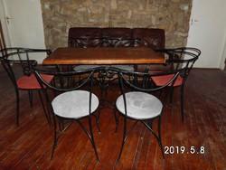 Kovácsoltvas székek, asztalok eladók