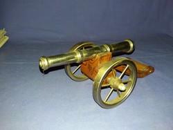 Régi fém + fa  1848-as Honvédségi üteg, ágyú makett polcdísz a képek szerint