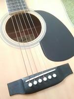 Suzuki 150F gitár