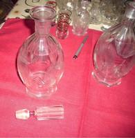 Üveg karafínerek,kiöntők poharak és kisvázák