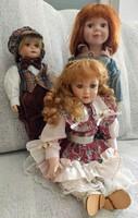 Porcelán babáim egy   leány és két fiú együtt eladó