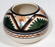 Gorka alapította , Keramos Rt vázája