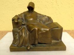 Anonymus bronz szobor