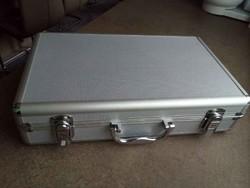 Érmetartó bőrönd 5 db tálcával/id 10260/