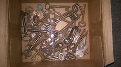 Kulcsok 50 db Antik és retro ,ajtó ,lakat és  butor  kulcsok egyben.INGYEN POSTÁZOM .