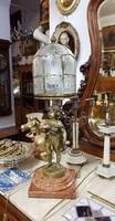 Antik, szobros asztali lámpa