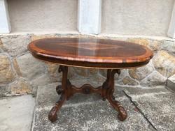 Bécsi barokk asztal