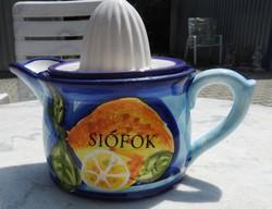 Kézműves porcelán termék: SIÓFOK felirattal - citromfacsaró