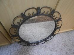 Antik kovácsoltvas tükör kör alakú