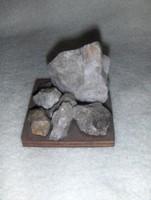 Svájc ásványkincsei fa talpon (20/d)