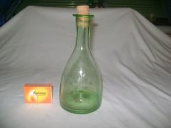 Régi, halványzöld likőrös, pálinkás üveg, karaffa