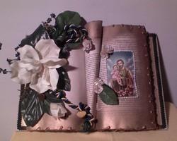 """Szentkép díszes """"könyvben"""""""
