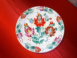 Kézzel festett virág mintás Bodrogkeresztúri kerámia nagy fali tál, tányér