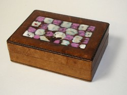 Ékszertartó doboz, különleges, Bőr-Fa anyagú