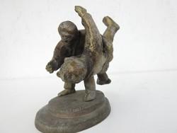 Bronz szobor küzdősport - Kludo