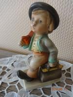 Antik Hummel porcelán figura: vándor kisfiú (sérült)