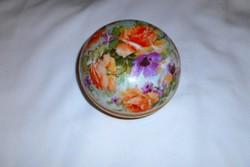 Zsolnay antik porcelán  bonbonier