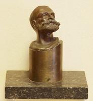 Kb 100-120 éves bronz szobros ,asztaldísz,levélnehezék