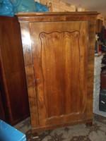 Gyönyörű antik polcos szekrény!