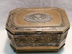 Antik jelzett díszes doboz