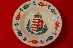 Hollóházi címeres, koronás tányér