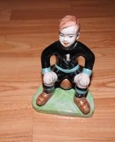 Focis fiú 1. mezzel - ritka izsépy kerámia figura