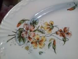 Kínáló tányérok
