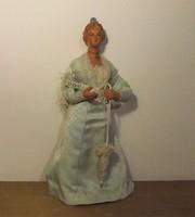 Érdekes hölgy baba, női figura-valamilyen emléktárgy lehetett