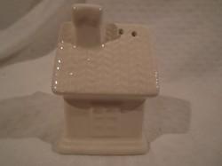 Porcelán - sószóró - házikó alakú - törtfehér  - 7,5 x 5 x 5 cm - új - hibátlan