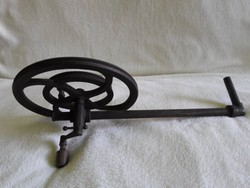 Muzeális öntöttvas kerekes hajtókar  45 cm