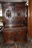 Antik bútor - neoreneszánsz szekrény