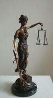 Justitia szobor  bronz (010)